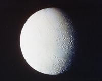土星の衛星エンケラドス