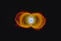 砂時計星雲MyCn18 23018049144| 写真素材・ストックフォト・画像・イラスト素材|アマナイメージズ