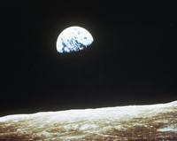 地球と月面