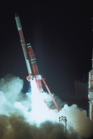 ハレー彗星探査機打ち上げ