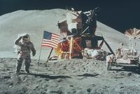 月着陸船とアーウィン宇宙飛行士