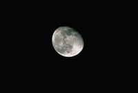 月齢17・5(1990/11/5) 23018050988| 写真素材・ストックフォト・画像・イラスト素材|アマナイメージズ