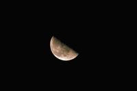 月齢21・6 23018050996| 写真素材・ストックフォト・画像・イラスト素材|アマナイメージズ