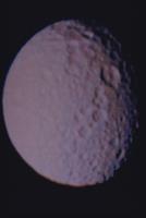 土星の衛星ミマス 23018051160| 写真素材・ストックフォト・画像・イラスト素材|アマナイメージズ