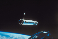 人工衛星 23018051198| 写真素材・ストックフォト・画像・イラスト素材|アマナイメージズ