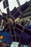 通信衛星モルニア2号