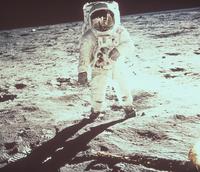 月面上のオルドリン宇宙飛行士