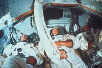 船内(アポロ8号)