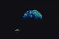 地球と月 23018051289| 写真素材・ストックフォト・画像・イラスト素材|アマナイメージズ