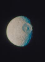 土星の衛星ミマス 23018051304| 写真素材・ストックフォト・画像・イラスト素材|アマナイメージズ