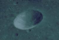 月のおわん型クレーター(アポロ16号)