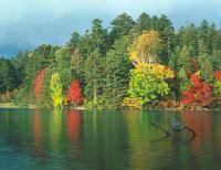 オンネトー湖 23018054132| 写真素材・ストックフォト・画像・イラスト素材|アマナイメージズ