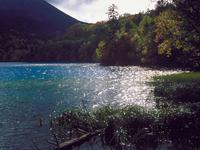 オンネトー湖 23018054186| 写真素材・ストックフォト・画像・イラスト素材|アマナイメージズ
