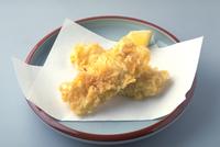 いかの天ぷら 23018057177| 写真素材・ストックフォト・画像・イラスト素材|アマナイメージズ