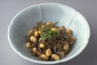 大豆とじゃこの炒め物