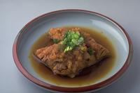 さばのおろし煮 23018057383| 写真素材・ストックフォト・画像・イラスト素材|アマナイメージズ