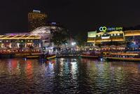 クラーク・キーの夜景 25011013754| 写真素材・ストックフォト・画像・イラスト素材|アマナイメージズ