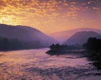 宇治川の朝