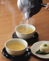 緑茶と饅頭
