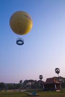 観光バルーン 25023074712| 写真素材・ストックフォト・画像・イラスト素材|アマナイメージズ