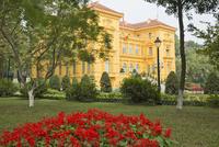 ベトナム大統領府 25023074747| 写真素材・ストックフォト・画像・イラスト素材|アマナイメージズ