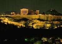 パルテノンの丘 夜景