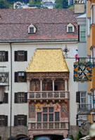 黄金の小屋根