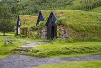 スコガ博物館の草屋根の古民家