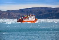 エキップ氷河クルーズ 25041036139  写真素材・ストックフォト・画像・イラスト素材 アマナイメージズ
