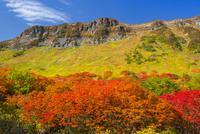 大雪高原から望む高根ヶ原方面 25041036257| 写真素材・ストックフォト・画像・イラスト素材|アマナイメージズ