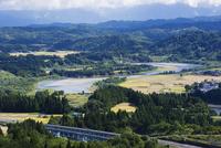 山本山高原より望む信濃川