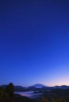 富士山夜景 25053018079| 写真素材・ストックフォト・画像・イラスト素材|アマナイメージズ