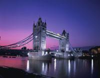 タワーブリッジの夕景