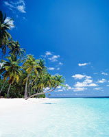 クダバンドス島のビーチ