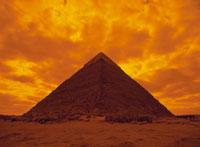 ギザのピラミッド夕景