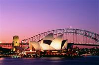 オペラハウスとハーバー橋の夕景 25158006322| 写真素材・ストックフォト・画像・イラスト素材|アマナイメージズ