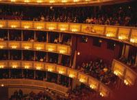 オペラ座内部客席