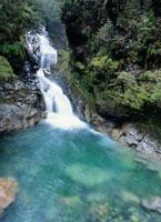 滝 ミルフォード・サウンド近郊 ニュージーランド