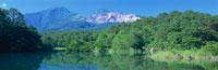 五色沼の毘沙門沼と磐梯山