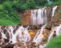 初夏の滝 奥草津日本鋼管休暇村