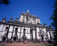 タビィニュ寺院 パガン ミャンマー 25277014793| 写真素材・ストックフォト・画像・イラスト素材|アマナイメージズ