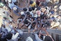 クウェート難民(湾岸危機時) イラクとの国境緩衝地帯 25279000320| 写真素材・ストックフォト・画像・イラスト素材|アマナイメージズ