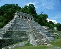 パレンケの碑銘の神殿   9月 25283007062| 写真素材・ストックフォト・画像・イラスト素材|アマナイメージズ
