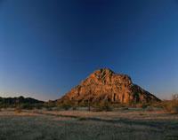 夕方のツォデロ丘 ボツワナ 25283007152| 写真素材・ストックフォト・画像・イラスト素材|アマナイメージズ