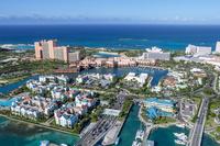 上空よりナッソー(バハマ)のリゾートエリアの風景 25295002308| 写真素材・ストックフォト・画像・イラスト素材|アマナイメージズ