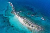 上空よりナッソー(バハマ)のリゾートエリアの風景 25295002325| 写真素材・ストックフォト・画像・イラスト素材|アマナイメージズ