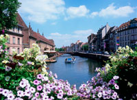 運河と旧市街