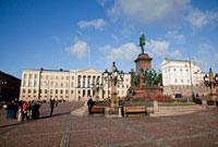 元老院広場とヘルシンキ大学 25315015134| 写真素材・ストックフォト・画像・イラスト素材|アマナイメージズ