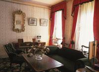 ディケンズ・ハウス 居間 25333000407| 写真素材・ストックフォト・画像・イラスト素材|アマナイメージズ