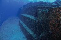 海底遺跡ポイント 25356001407| 写真素材・ストックフォト・画像・イラスト素材|アマナイメージズ